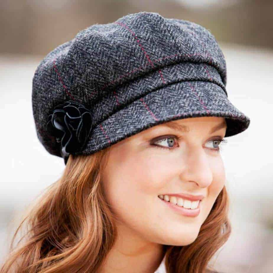 Shop for women's hats & ladies caps at fishingrodde.cf! Browse a great selection of cute hats for women to rep your team mascot this season. Everyone knows that Lids is your one stop shop for hats for lady sports fans; rocking a cap is the best way to keep the sun .