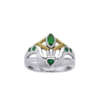 Emerald Glass Claddagh Ring